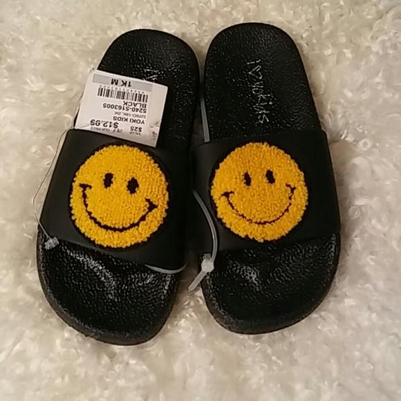 i ❤ Yo Kids Other - I❤ YoKids Girl's Happy Face Sandals
